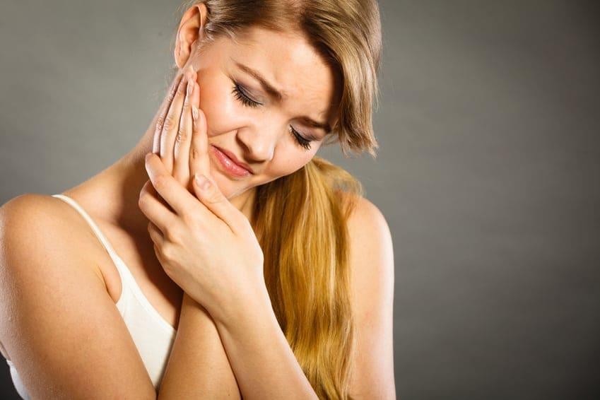 Ból zęba. Leczenie kanałowe. Leczenie endodontyczne. Brzesko Bochnia