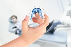 Aparat ortodontyczny. Rodzaje aparatów ortodontycznych. Lekarz ortodonta.
