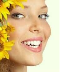 Przebarwienia zębów przyczyny. Wybielanie zębów