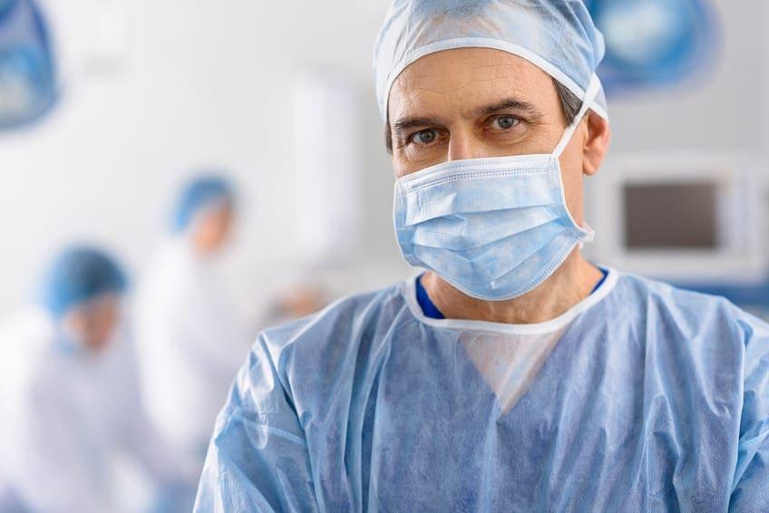 Przeciwwskazania implantacji. Kiedy nie wkręcamy implantów